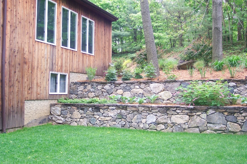 Johnson-residential-landscape-architectect-wall6
